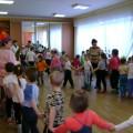 Сценарий физкультурного развлечения для детей старшего дошкольного возраста «Путешествие за волшебным зеркальцем»