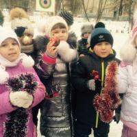 Фотоотчет «К Новому году готовы! или Как мы наряжали елочку»