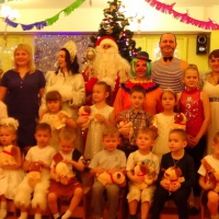 Новогоднее цирковое представление в разновозрастной группе с участием родителей