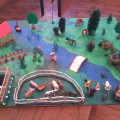 Дидактическая игра для детей 3–4 лет. Макет «Дикие и домашние животные. Лес, сад, огород»