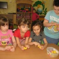 Роль дидактических игр в развитии мелкой моторики у детей дошкольного возраста