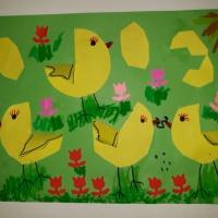Объёмная аппликация «Цыплята на лужайке» (средняя группа)