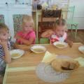 Использование русского фольклора в создании положительного настроя у детей на прием пищи