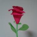 Мастер-класс по изготовлению розы из бросового материала
