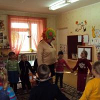 Сценарий развлечения для детей старшего дошкольного возраста «Дарите улыбку»