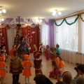 О праздновании Нового года в детском саду. Заметка и фотоотчёт о жизни разновозрастной группы