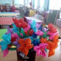 Мастер-класс по изготовлению цветочка из гофрированной бумаги и коктейльных трубочек