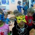 Мастер-класс «Маски для праздника, сделанные руками детей» (фотоотчет)