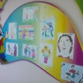 Выставка рисунков ко Дню матери