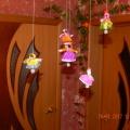 Поделки из бросового материала. Куколки-колокольчики из конфетных фантиков. Мастер-класс