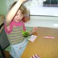 Ангелочек из конфетных фантиков. Детский мастер-класс