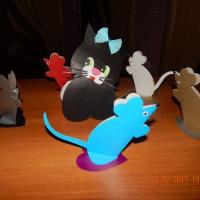 Мастер-класс «Конструирование из бумаги «До чего же добрый кот— мышки водят хоровод»