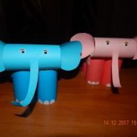 Мастер-класс «Слоники». Экологически чистые игрушки из бросового материала— совместное творчество воспитателя и детей