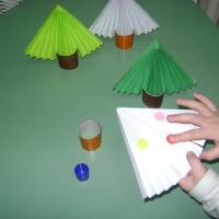 Мастер-класс «Елочки из бумаги в технике оригами»