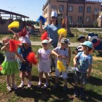 Оздоровительное развлечение «День ветерка» с детьми средней группы