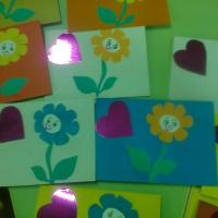Мастер-класс по изготовлению открытки «Подарок мамочке на праздник»
