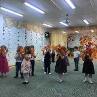 Сценарий осеннего утренника «В гости к Осени» в средней группе