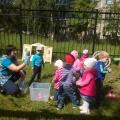 Конспект летнего физкультурного досуга для детей 2 ранней группы «Путешествие в сказку»