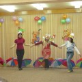 КВН, посвященный «Дню Матери». Участники мамы, бабушки и дети от 5 до 7 лет