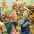 Театрализованная деятельность как средство развития социально-коммуникативной компетентности детей раннего возраста