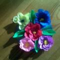 Мастер-класс. Поделка из бумаги «Цветы для мамы на диске»