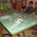 Экспериментальная и исследовательская деятельность с детьми младшей группы «Разноцветные льдинки»