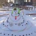 Фотоотчет «Снежные гости» (постройки из снега). Ранний возраст.