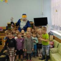Фотоотчет «День рождения Деда Мороза» в средней группе