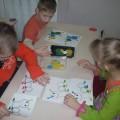 Дидактическая игра на восприятие цвета «Веселая гусеница»