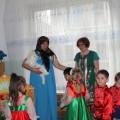 Конспект итоговой образовательной деятельности в средней группе «В гости на оладушки к бабушке Варварушке»