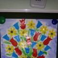 Конспект НОД во второй младшей группе. Аппликация «Букет цветов для наших мам»