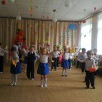 Осенний праздник для детей старшего дошкольного возраста в детском саду «В гостях у Маши и Дуняши»