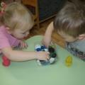 Мастер-класс по изготовлению дидактической игры «Большие и маленькие цветные скорлупки»