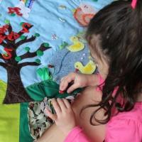 Игры и задания с использованием развивающего коврика «Времена года»
