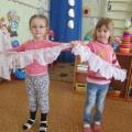 Изготовление атрибутов к танцам своими руками