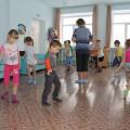 Конспект физкультурного занятия с использованием нестандартного оборудования в старшей группе