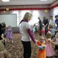 Сценарий праздника с участием родителей к Дню матери для детей второй младшей группы