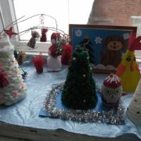 Новогодние поделки выполненные руками родителей и детей