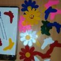 Дидактическая игра по сенсорике для детей второй группы раннего возраста «Помоги бабочке найти свой цветочек»