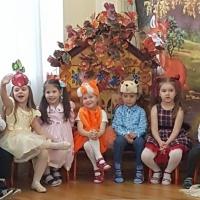 Фотоотчёт о празднике «Осень в гости к нам прошла»