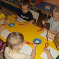 Конспект интегрированного занятия во второй младшей группе «Угостим зайку морковкой»