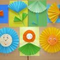 Фотоотчет итоговой выставки детского творчества «Волшебный мир бумаги» с детьми 4 лет.