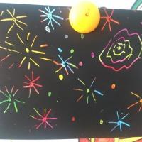 «Салют Победы». Рисование в средней группе с использованием нетрадиционной техники— цветной граттаж