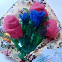 Коллективная работа детей 3–4 лет «Мы сделали букетик розы»