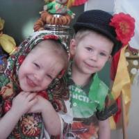Фотоотчет «Масленица в гостях у малышей»