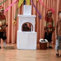 Видео театральной постановки сказки «Вовка в Тридевятом царстве»