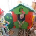 Конспект совместной деятельности взрослого и ребёнка (театрализованная игра) для детей 4–5 лет. Сказка «Лисичка со скалочкой»