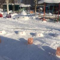 Фотоотчет зимнего оформления участка детского сада