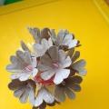 Поделка цветы в вазе из яичного лотка своими руками. Мастер-класс.