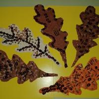 Мастер-класс «Осенние листья» с использованием пластилинографии и природного материала